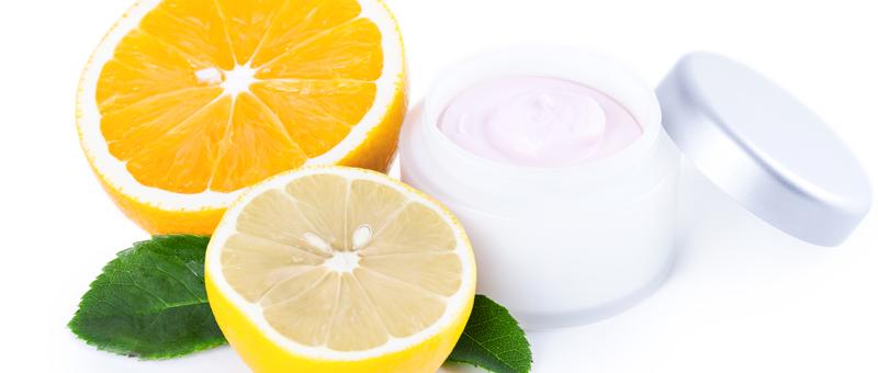 C6-la-vitamine-C-pour-la-peau-5-grandes-questions-eqlib