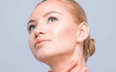 Une peau grasse déshydratée: comment l'identifier et y remédier?